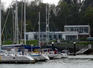 restaurant yacht club cherbourg