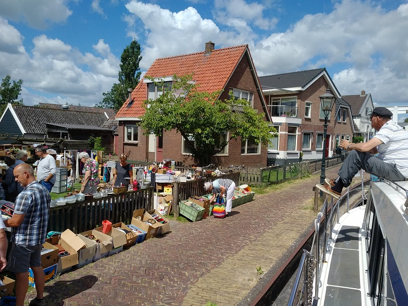 The pace of life in Friesland suits this riverside 'car boot' sale we chanced upon whilst waiting for a bridge in Ossenzijl