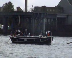 Sculling a Thames Barge