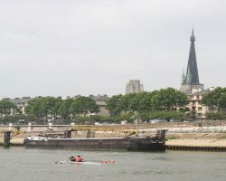 The eastern arm around the Ile Lacroix is popular with rowers and houseboats