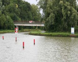 Cruising into the unknown on the Canal de la Somme