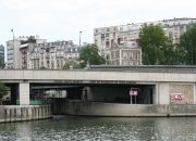 The understated entrance to the Paris-Arsenal marina