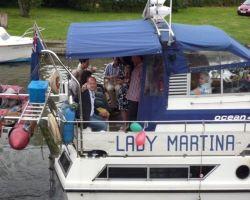 3-LadyMartinaPartyGuests
