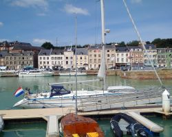 St-Valerie-en-Caux-harbour-small