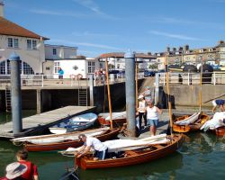 Royal Norfolk and Suffolk Yacht Club welcomes-International 10 fleet