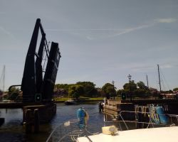Medemblik's Kwikkersbrug allows access to the Westerhaven