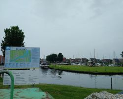 Stavoren Buinnenhaven island mooring