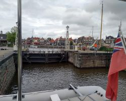 In Lemstersluis looking back towards Lemmer