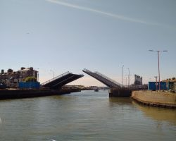 Lowestoft Bascule bridge opening