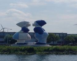 Noordzeekanaal Figures Opposite Zijkanaal G