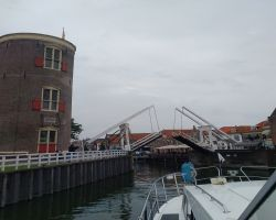 2-Entering Enkhuizen Oude Haven under the raised Drommedoris Bridge