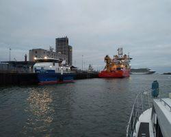Leaving Zijkanaal A at dawn