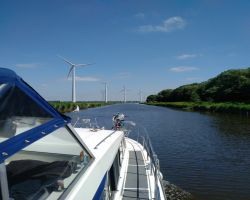 Windmills lining the Lage Vaart