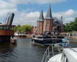 Lemmerbrug opening by the Sneek Waterpoort